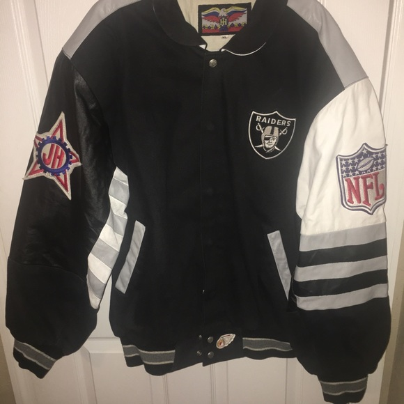 the latest 3a1d6 1248c Oakland Raiders NFL Jacket